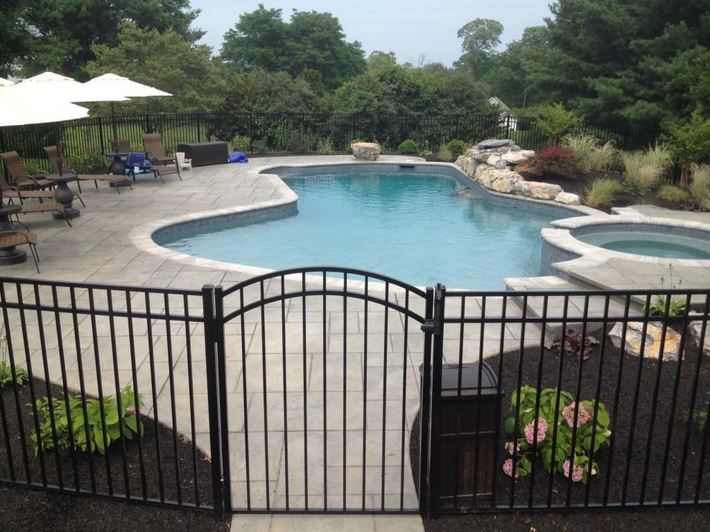 Cloture pour piscine a Granby